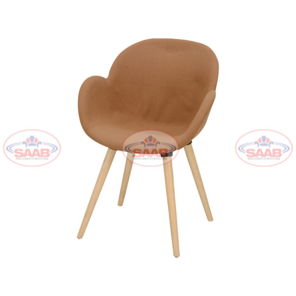 Oval Shell Chair With Cushions